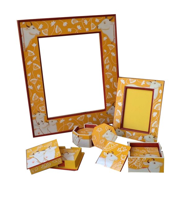 Mirror Frame, Photo Frame and 3 types of coasters in emboss work