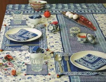 aavran tableclothmatsnapkins