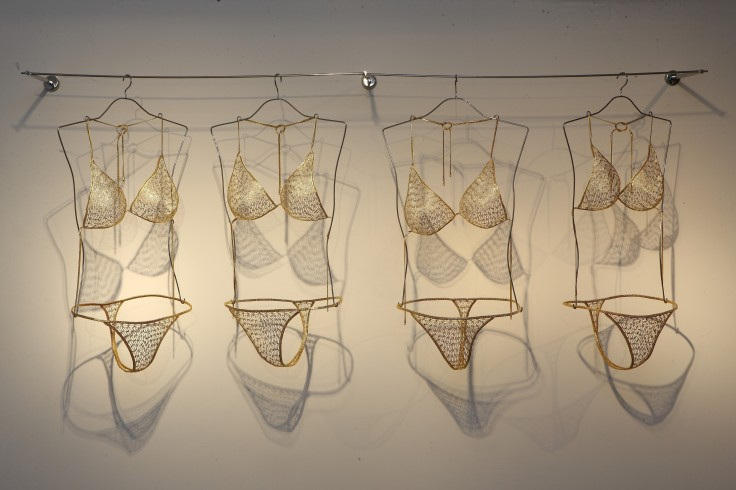 tayeba-begum-lipicomfy-bikinisbrass-made-safety-pins-covered-with-electroless-nickel-immersion-gold36x91x122cm2013