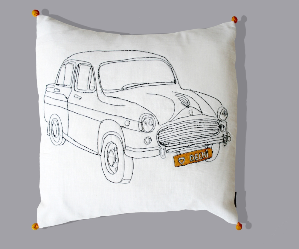 delhi taxi cushion (1)